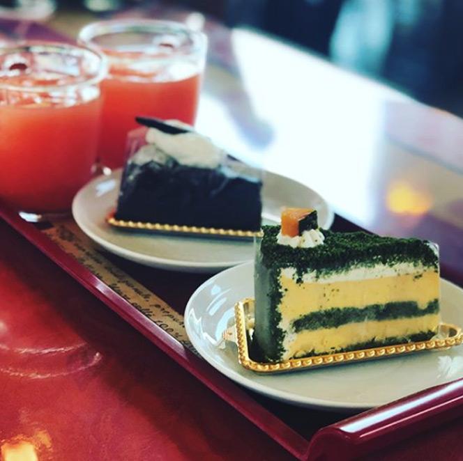 신앙촌 레스토랑에서 먹는 조각케익!