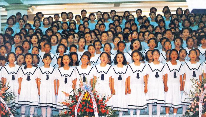 제-14회-이슬성신절-어린이-합창단의-모습