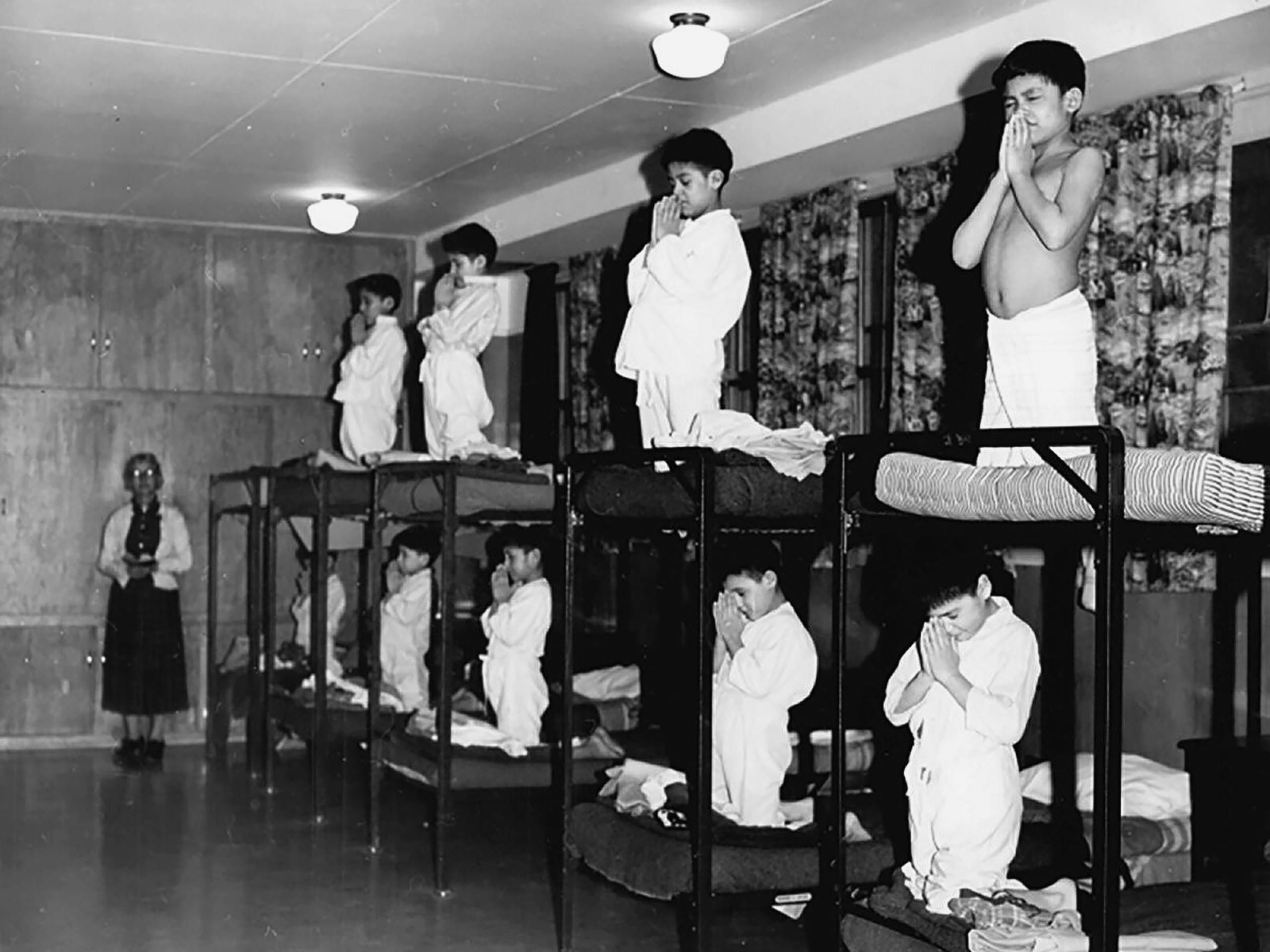 20세기 제노사이드, 캐나다 원주민 기숙학교